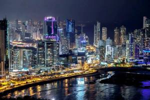panama-city-buildings-night